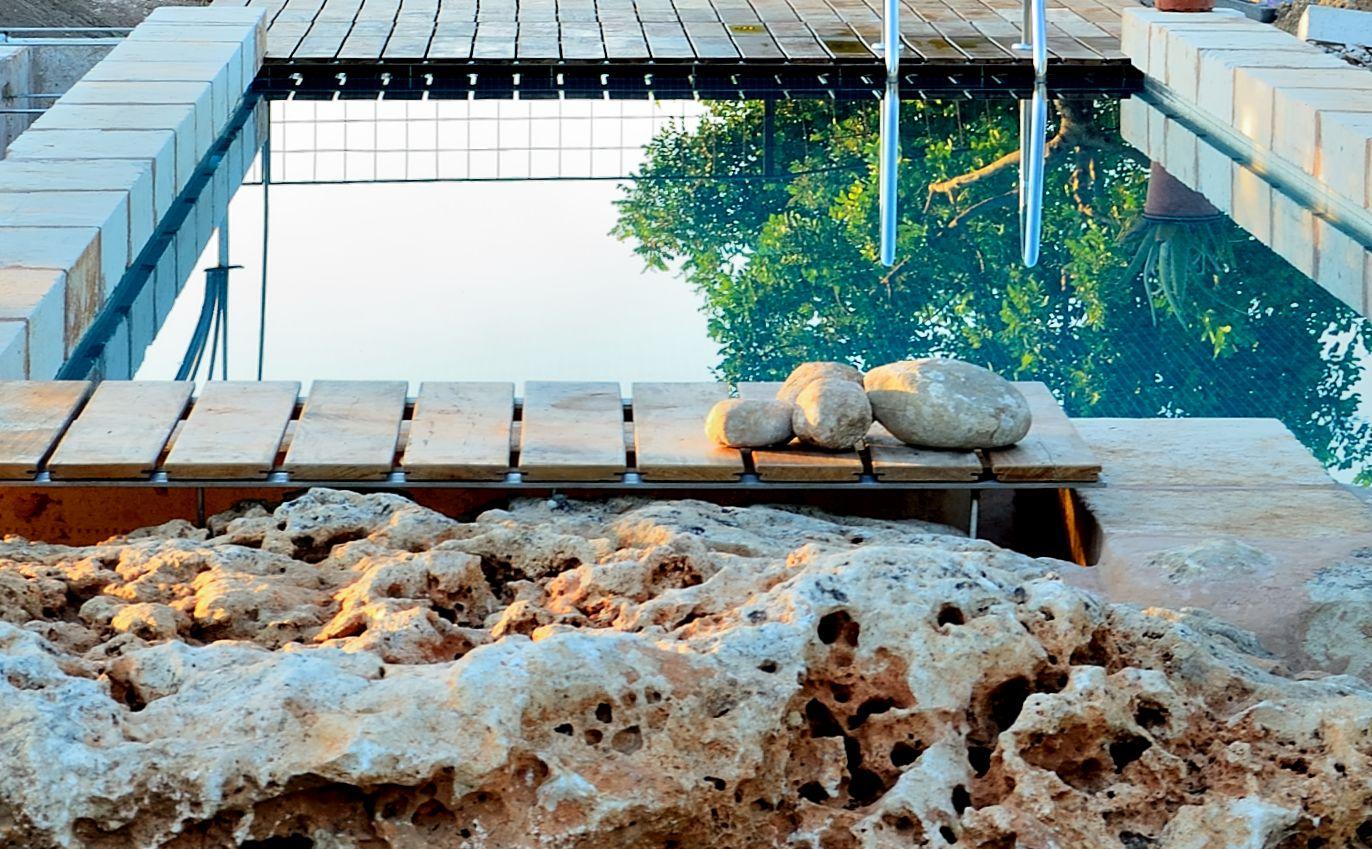 Casa con piscina para alquilar en mallorca son alegre petit for Alquiler de bajos con jardin en las rozas